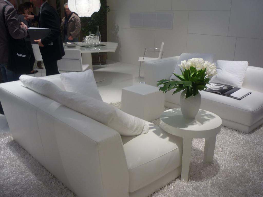 Tappeti per soggiorni cheap tappeto moderno design - Tappeti salone ikea ...