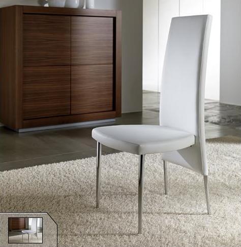 Sedie da soggiorno non solo mobili for Riflessi arredamento