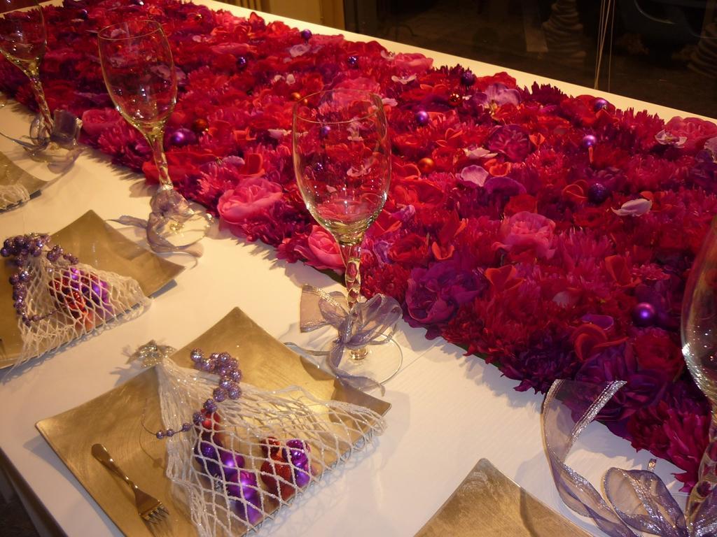 Ti serve un tavolo grande per le feste di natale vieni for Arredi natale