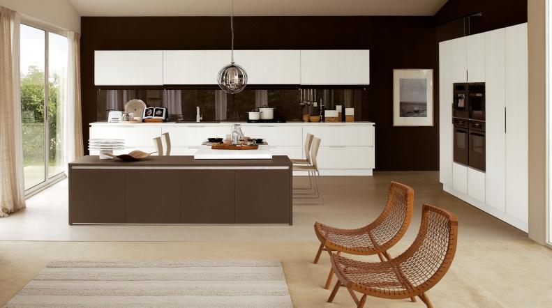 Cucina senza maniglia non solo mobili - Veneta cucine tulipano ...