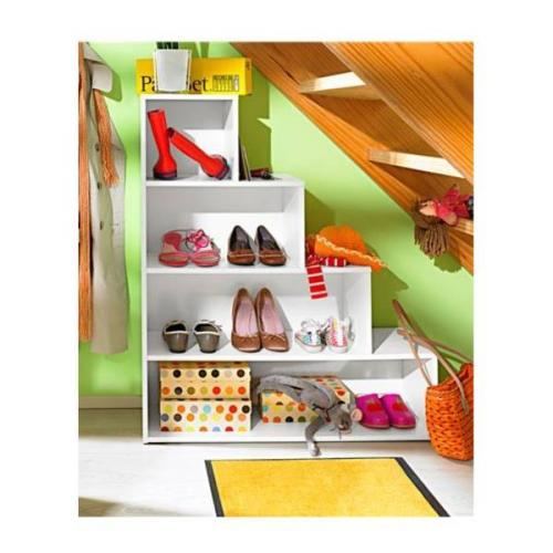 ripostiglio, lavanderia, scaffali, salvaspazio, mobili salvaspazio, portalavatrice, lavandino,