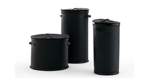 POUBELLE contenitori cilindrici in gomma nera opinionciatti domus arredi lissone.jpg