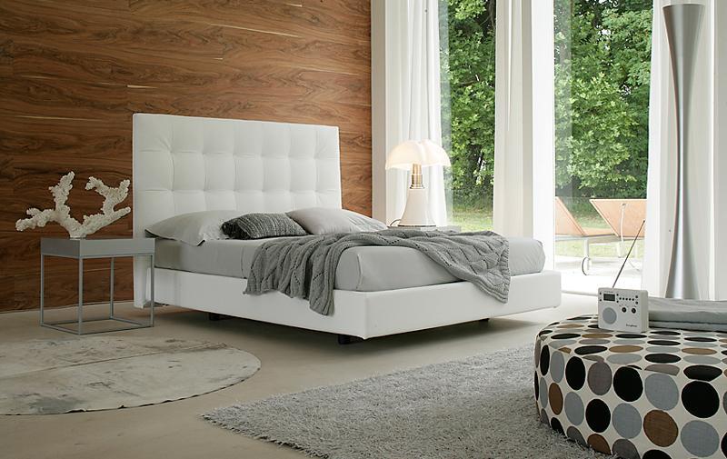 La praticit di un letto con contenitore non ha eguali i non solo mobili - Dove comprare un letto matrimoniale ...