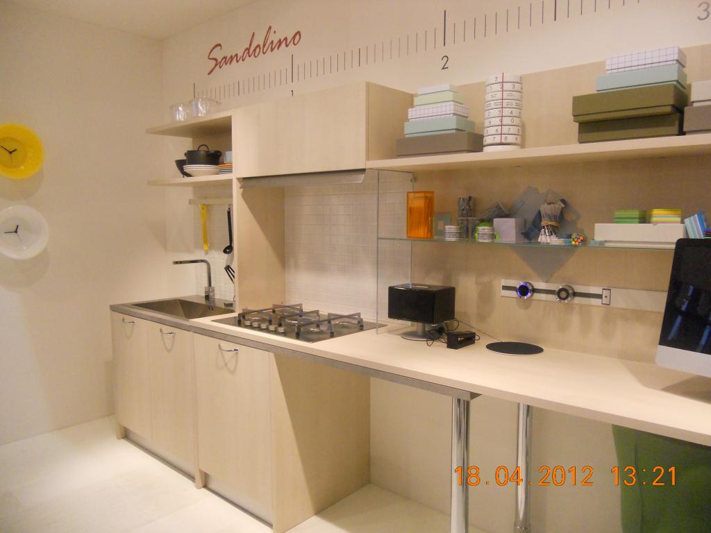 Come Realizzare Una Cucina Da Esterno Idee Salvaspazio Per Una Cucina #B37718 1024 768 Come Fare Carrello Da Cucina