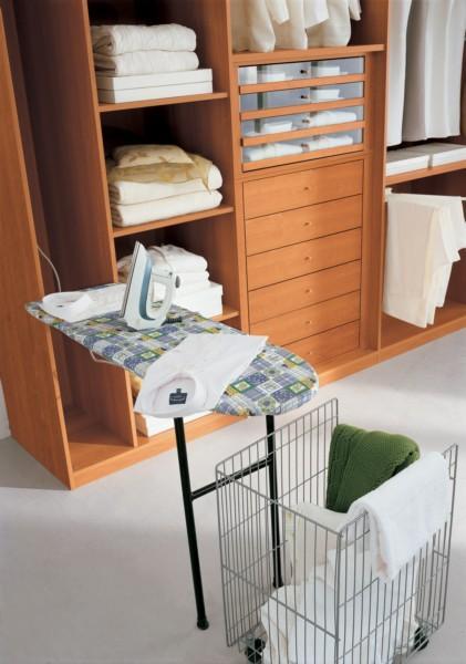 Mobili ripostiglio archives non solo mobili cucina for Piani di camera di lavanderia