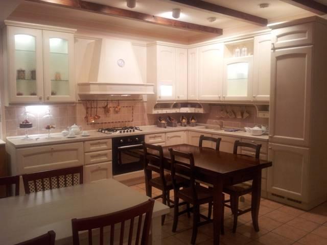 Veneta Cucine Villa D Este Prezzo.Cucina Occasione Sconto 50 Villa D Este Veneta Cucine A