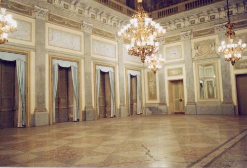 Villa Reale salone centrale.jpg