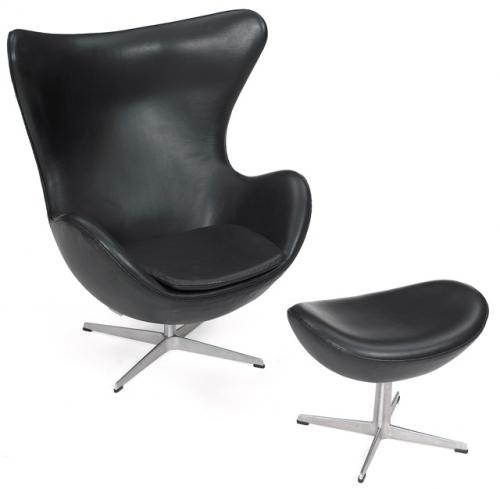 Egg Chair di Arne Jacobsen.jpg
