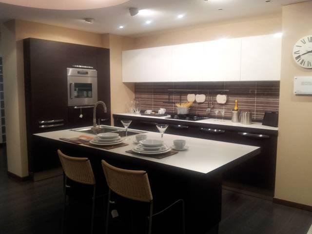 Cucina scontata del 50% EXTRA Veneta Cucine in super offerta ...