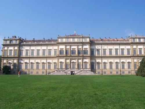 Villa reale Monza vista retro.jpg