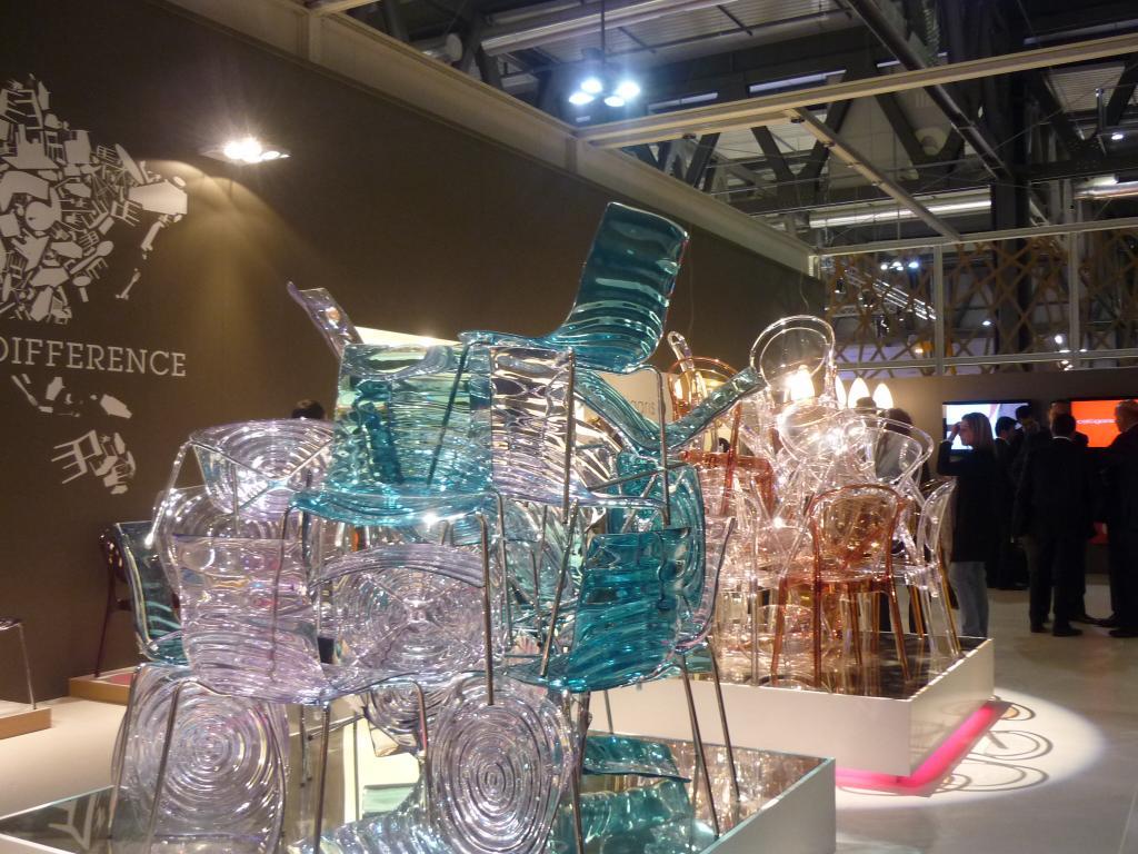 Calligaris al salone del mobile 2010 una montagna di for Salone del mobile prezzi