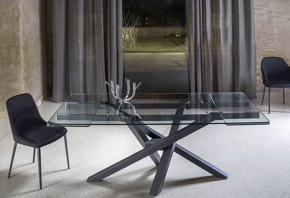 Non solo mobili idee arredamento casa terrazzi e giardini for Tavolo cristallo allungabile usato